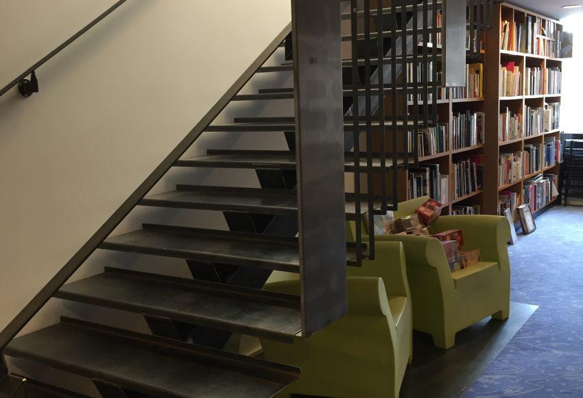 Escalier magasin chaumont 2